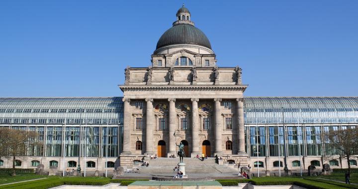 bayrische-staatskanzlei